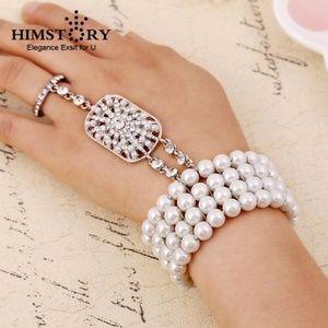 Jewelry - Rhinestone Pearl Slave Finger Ring Bracelet